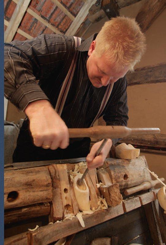Holzschuhmacher